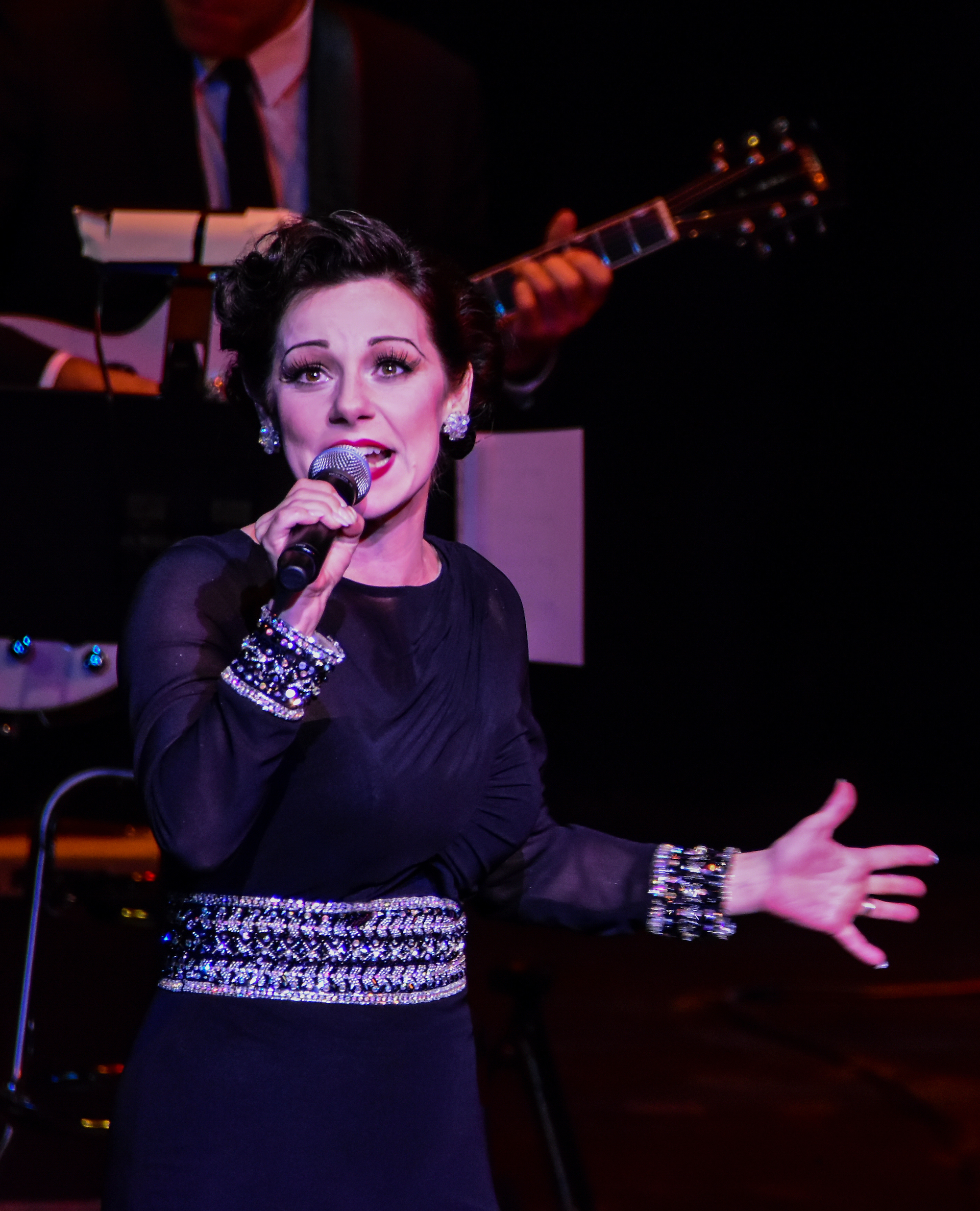 I Gotta Right To Sing the Blues. Angela Ingersoll singing Judy Garland. Artists Lounge Live.