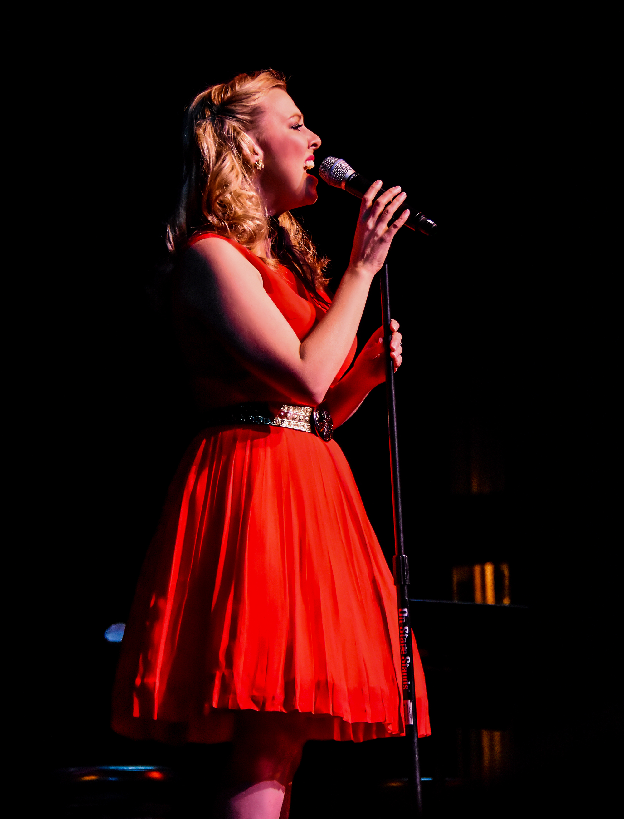 Patsy Cline: Sweet Dreams of You starring Katie Deal. Artists Lounge Live.